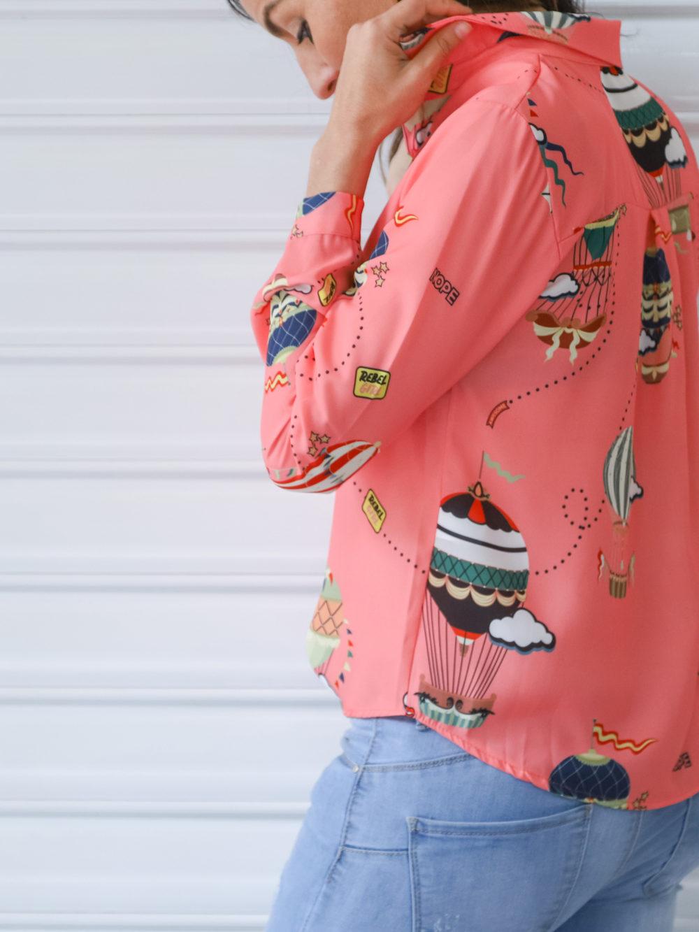 Camisa estampada color salmón