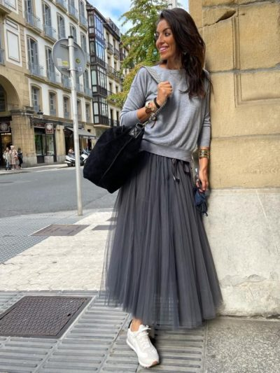 Falda tul gris