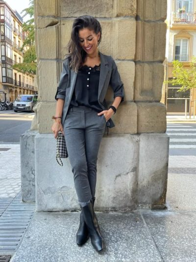 Pantalón gris ejecutiva
